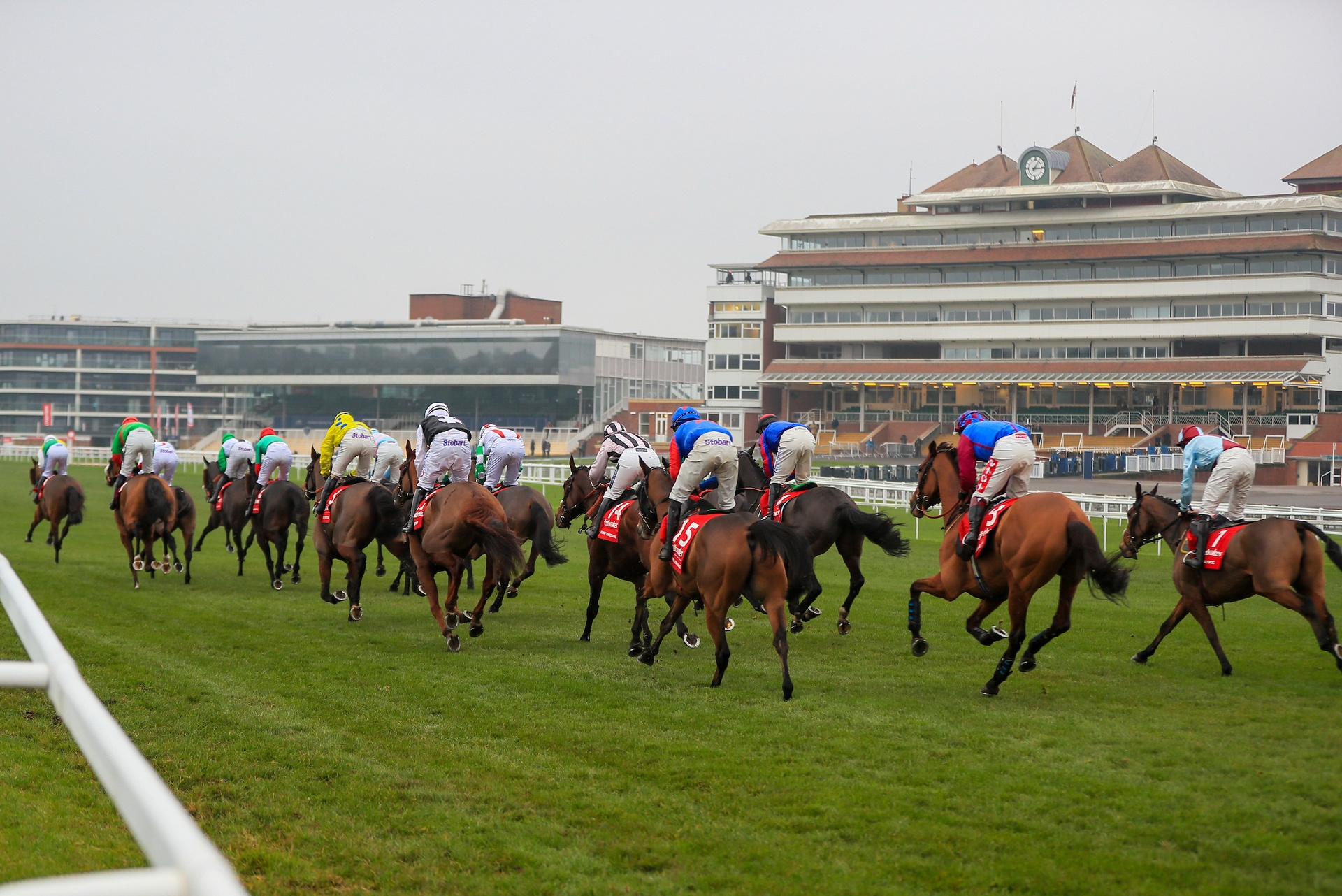 VIRGIN MEDIA TELEVISION AND RACECOURSE MEDIA GROUP EXTEND UK RACING DEAL FOR THREE YEARS